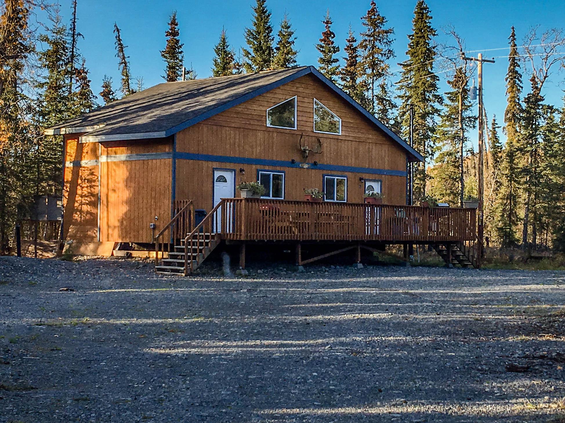 Kasilof River Cabin exterior